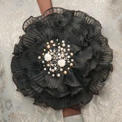 Prendedor de gasa con perlas